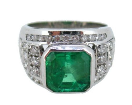 Cocktail ring with Emerald and Diamonds, size 15 (17.52 mm)