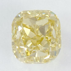 0.59 ct Diamond, VS1 – Cushion Modified Brilliant
