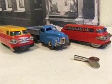 Schuco, US Zone/Western Germany - Length 11 cm - Tin Shell Varianto-Bus 3046, Varianto-Lasto 3042 and Varianto Fire engine 3047 with clockwork motor, 50s/60s
