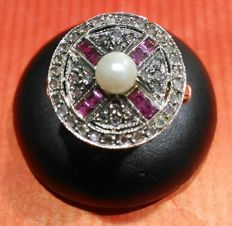 Women's Art Deco ring with pearl, diamonds and ruby