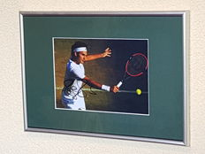 Roger Federer - Tennis legend - hand signed framed Wimbledon photo + COA