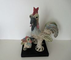 Cees Vermeer - Sculpture 'Haan met kuiken' (rooster with chick), unicum