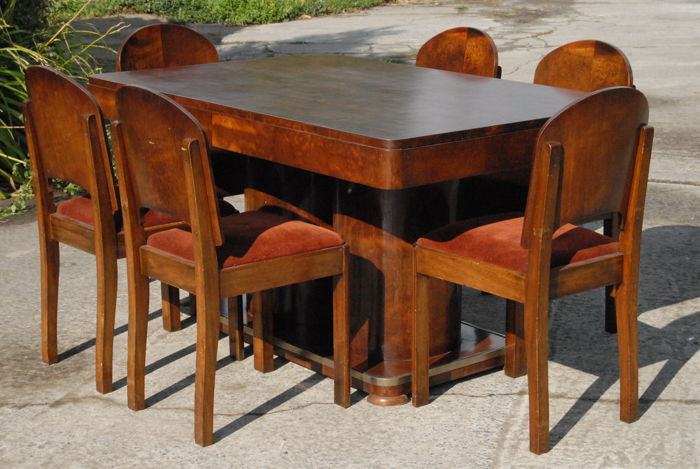 Art Deco Dining Room Extendable Table With 6 Accompanying Chairs