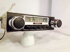 Pianola SR 2201 classic car radio from the 1960s/1970s