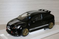 Minichamps - Scale 1/18 - Ford Focus RS 2010 - Black