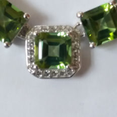 Vintage style Asscher Cut 11.93cts Brazilian Octagon Fern Green Quartz Necklace. Stunning sought after
