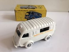C.I.J. - Scale 1/45 - Renault Ambulance Municipale 1000 kg - No.3/60