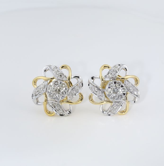 IGI Certified 18 kt/750 Yellow Gold Diamond Earrings - Diamonds 0.64 ct. - Diameter 15 mm