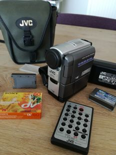 JVC DIGITAL VIDEO CAMERA 200 X ZOOM GR-DVX400EG