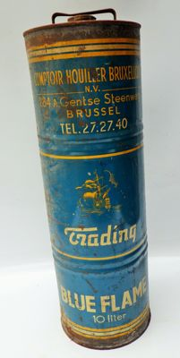 Trading oil - Blue Flame - Oil can - 10 litres and 53 cm high - 1950s