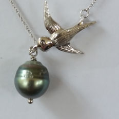 Genuine South Sea Tahitian Pearl Necklace (French Polynesian) not enhanced