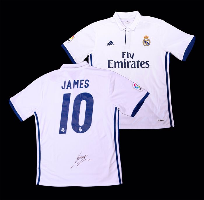 premium selection 1e650 0986a Real Madrid, James Rodriguez Signed Home Shirt - Catawiki
