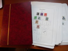Berlin 1948/1977 - Collection on loose album sheets and a stock book filled with stamps.