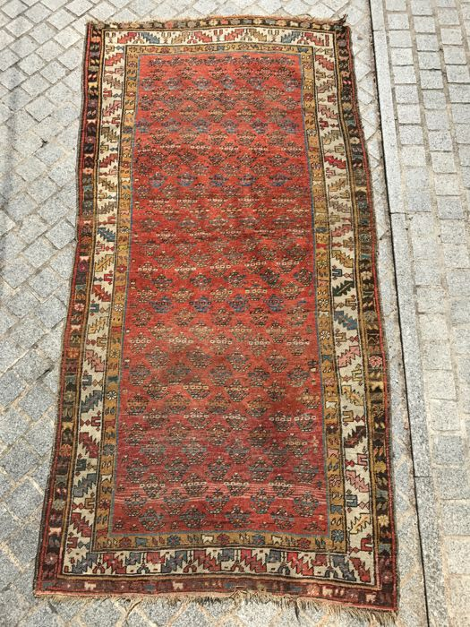 Pretty antique Persian Bijar rug, hand-made, 127x246 cm