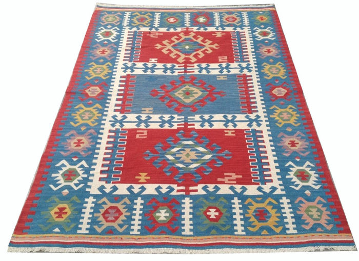 1960s Vintage Turkish Handwoven Kelim Carpet Area Rug 180 cm x 127 cm