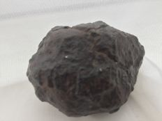 Unclassified chrondrite meteorite - 160 gm
