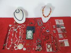 Large collection of jewellery with natural stones (some in 925 Silver). No reserve price!