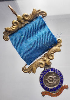 UK. Old comrades association royal horse artillery medal