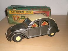 Daiya, Japan - Length approximately 21 cm - Citroen 2CV