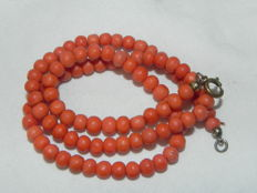 Old coral necklace, real coral necklace - red