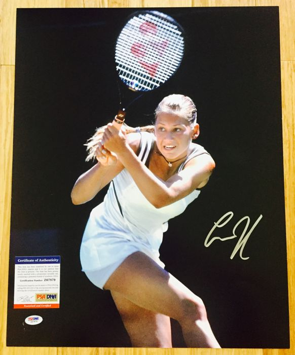 Anna Kournikova - Signed Poster ( 40x50cm ) -  with Hologram of Authenticity PSA/DNA