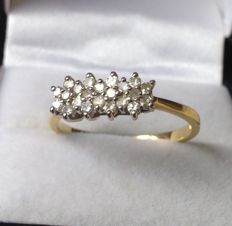 18kt Gold Diamond Cluster Ring