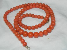 Vintage coral necklace, real coral, salmon red