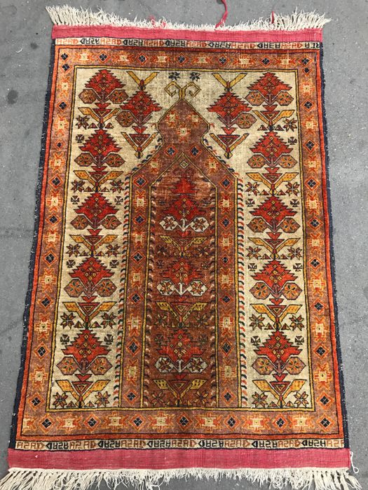 Very beautiful little antique Azerbaijan silk rug, hand made, 79 x 116 cm