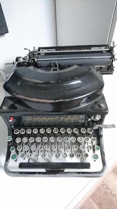 Mechanical continental Silenta typewriter, ca.1935