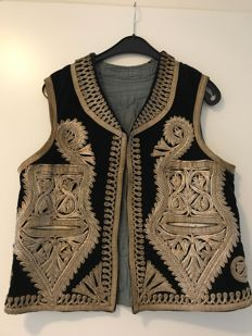 Waistcoat with gold thread embroidery -