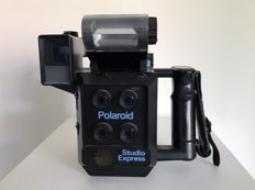 Polaroid Studio Express Model 403 instant passport photo camera