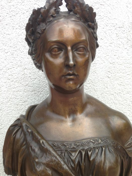 William Theed the Younger (1804-1891) - Original Queen Victoria Bronze Sculpture - Dated 1864