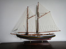 Sailing yacht-wonderful form-well built wooden model boat