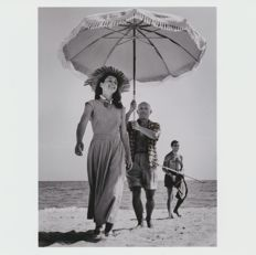 Robert Capa (1913-1954) - Magnum Photos, Pablo Picasso and Françoise Gilot , France - 1948