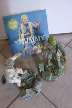 Creepy Creatures - The mummy Costume and 2 x Mummy model kit