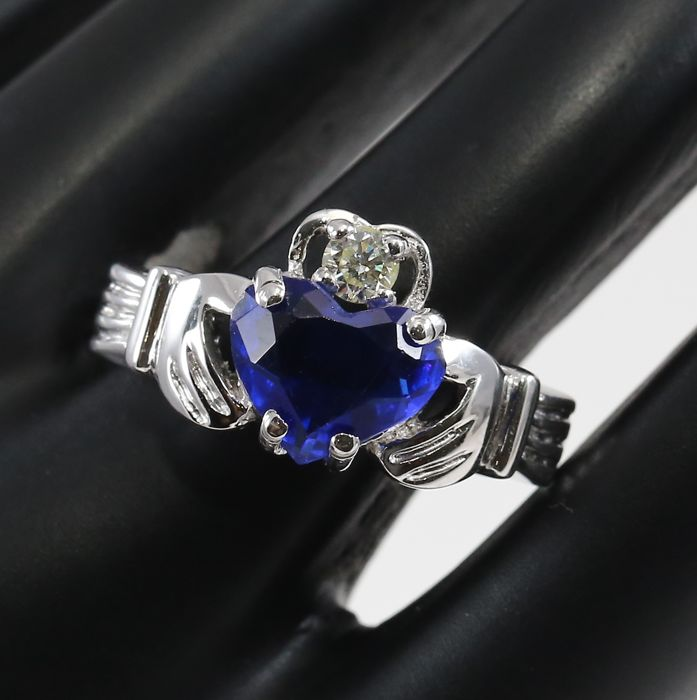 IGI Certified White Gold 0.15 ct. diamond and 2.69 ct. Blue sapphire - Designer Diamond ring - Ring size : 54 (FR)
