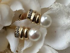Gold earrings Akoya Pearl and Diamond with Certificate