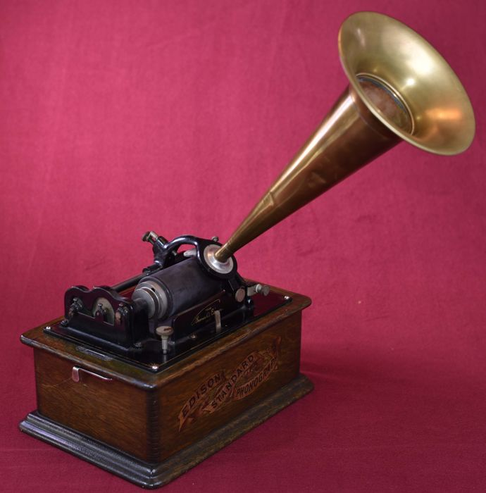 Edison standard Phonograph van omstreeks 1905. Made in the USA - Orange.