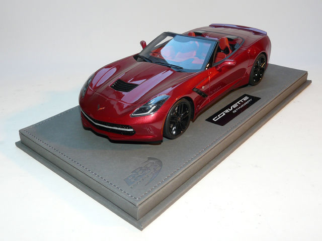 BBR - Scale 1/18 - Corvette Stingray Convertible including Display - Red Metallic