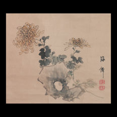 "Hand-painted hanging scroll  ""Chrysanthemum""  by Oda Kaisen (1785–1862) - Japan - ca. 1850"