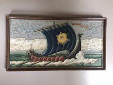Porceleyne Fles - Cloisonné tile depicting a viking ship