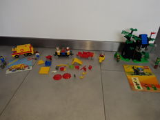 Lego classic 6693 + 6054 - Refuse collection truck + Forestmens' Hideout + restant Fabuland