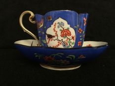 Meissen - Porcelain cup with saucer