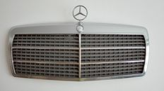 Mercedes Benz - Chrome radiator grill W201 190 2.6