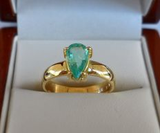 0.87 ct IGI Certified Natural Bluish Green Emerald in New Ring of  14K Solid Yellow Gold  -  Ring Size: 17.5/55/7.5 (US)