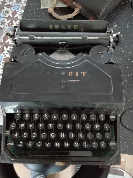 Adler Favorit typewriter, ca.1935
