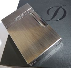 S.T. Dupont large lighter special edition Titanium colour free engraving plate + box + papers NEW * No reserve *