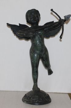 Bronze statue of Cupid - Angel with bow and arrow -1st half 20th century - France