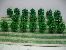 Scenery N - 175-piece lot of trees