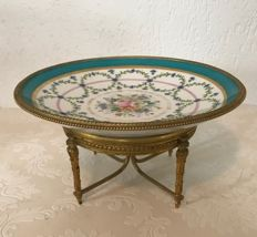 Milieu de Table with Sevres-style porcelain with gilt bronze support in Louis XVI style - France - circa 1900